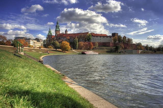 krakow-96746_640