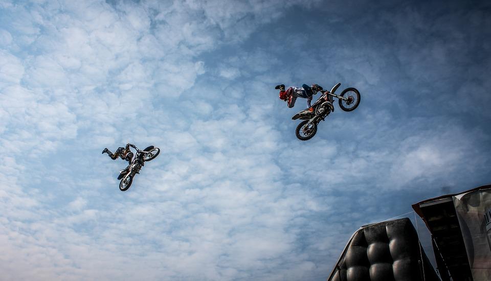 biker-384179_960_720