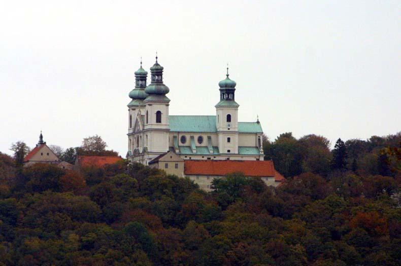 klasztor kamedułów w krakowie